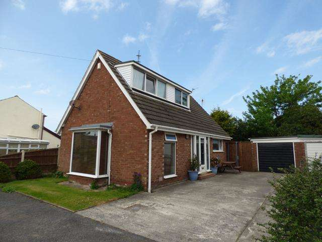 3 Bedrooms Bungalow for sale in Gerona Court, Thornton Cleveleys, Lancashire, FY5 5DW