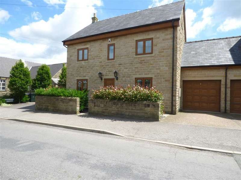 5 Bedrooms Property for sale in Church Street, Emley, Huddersfield, HD8