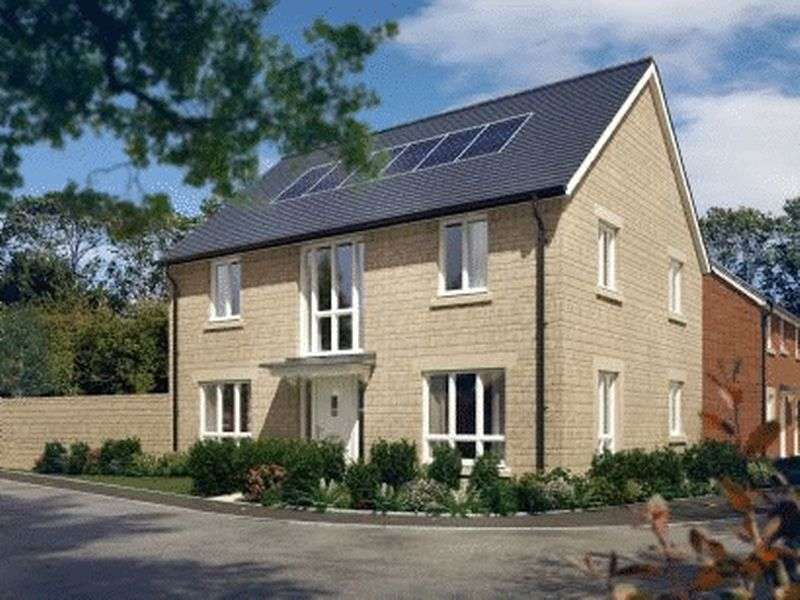 4 Bedrooms Detached House for sale in Cleeve View, Bishops Cleeve, GL52 8FJ