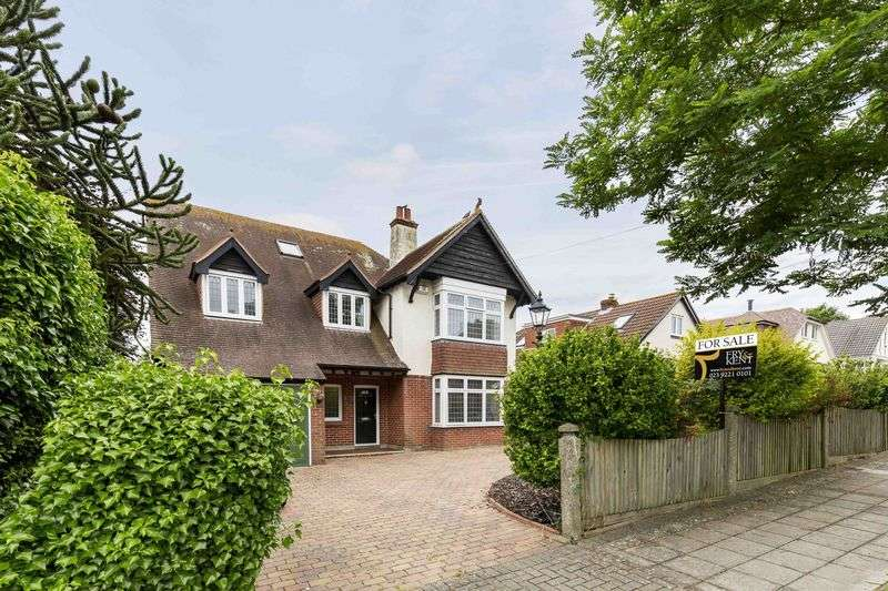 5 Bedrooms Detached House for sale in Penrhyn Avenue, Drayton