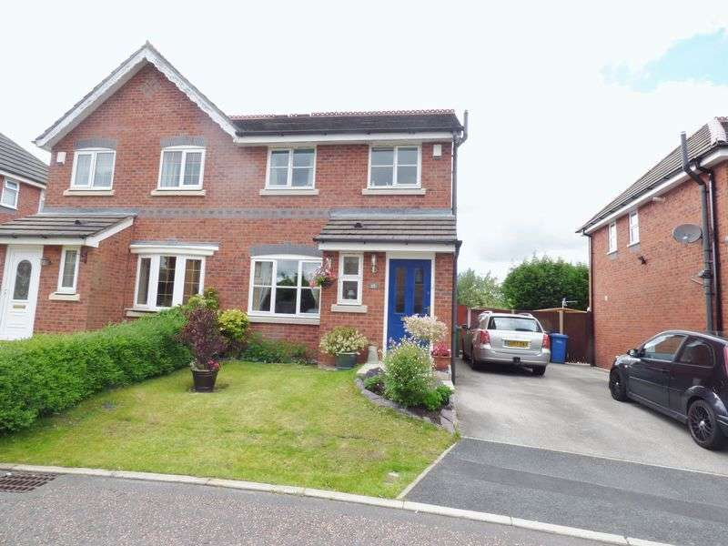 3 Bedrooms Semi Detached House for sale in Dalewood Close, Warrington