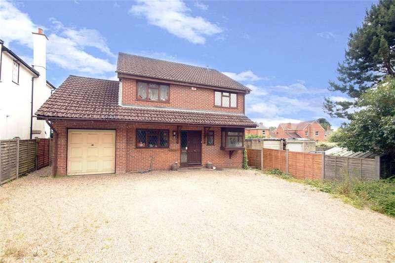 4 Bedrooms Detached House for sale in Bracknell Road, Crowthorne, Berkshire, RG45