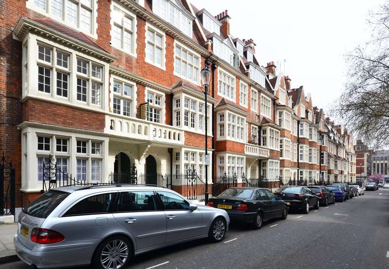2 Bedrooms Flat for sale in Hornton Street, Kensington, W8