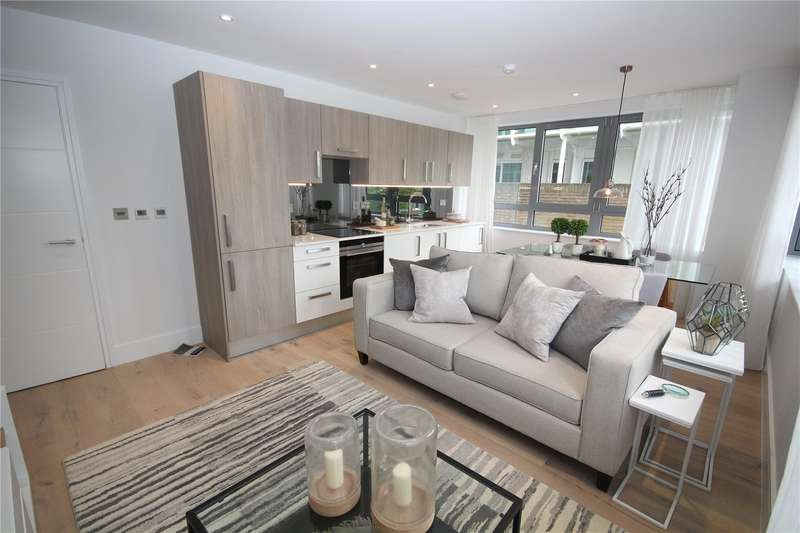 1 Bedroom Flat for sale in Seventeen, Station Road, New Barnet, EN5