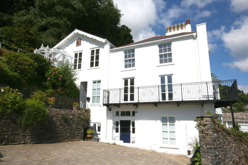 3 Bedrooms Apartment Flat for sale in 2 Stokecliff, Swannaton Road, Dartmouth