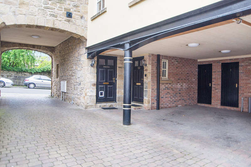 2 Bedrooms Flat for sale in Jubilee Court Howick Street, Alnwick, NE66