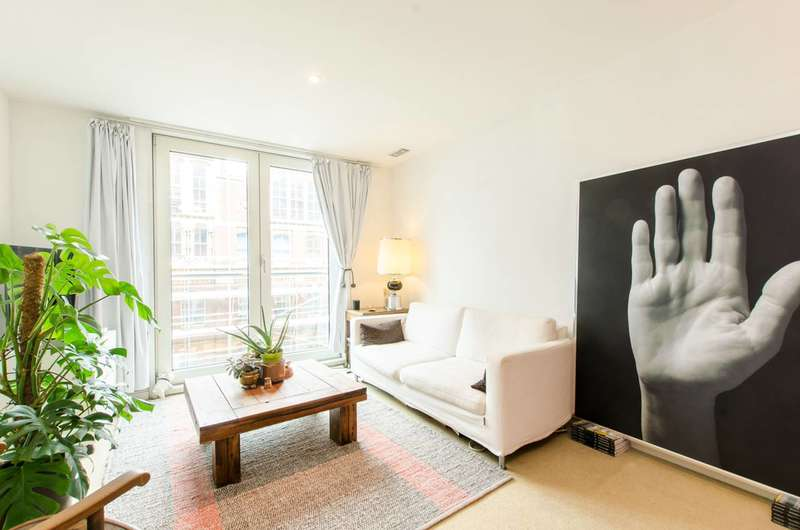 1 Bedroom Flat for sale in Salamanca Place, Southwark, SE1