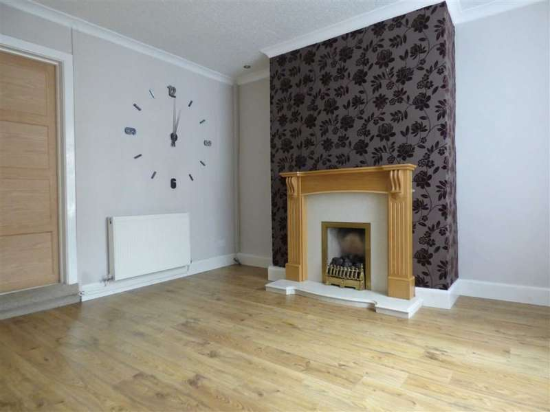 2 Bedrooms Property for sale in Denbigh Street, Mossley, Ashton-under-lyne, Lancashire, OL5