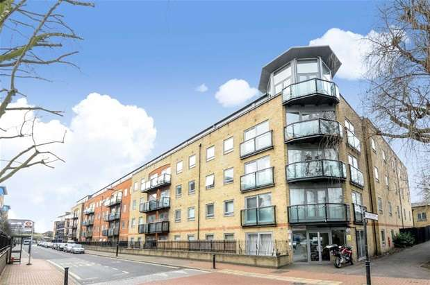 3 Bedrooms Penthouse Flat for sale in Stanton House, 620 Rotherhithe Street, Rotherhithe