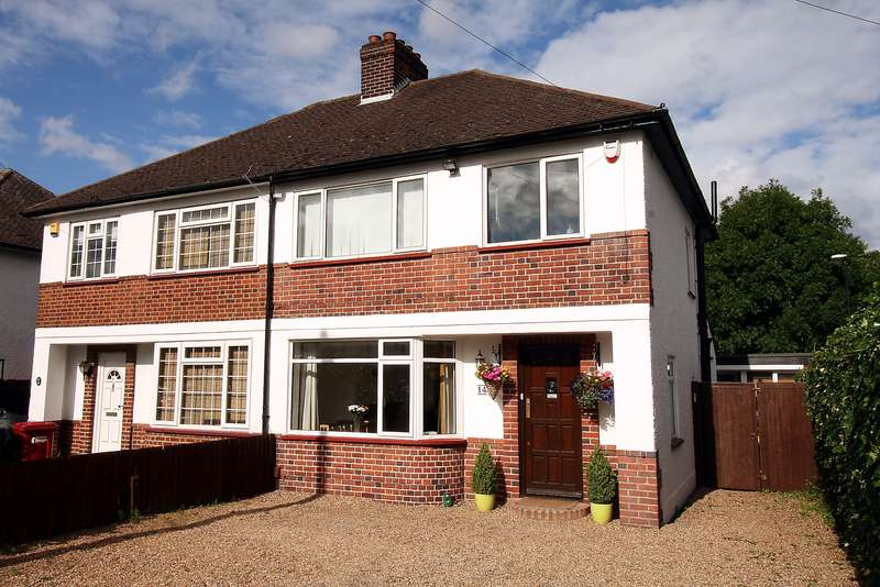 3 Bedrooms Semi Detached House for sale in Available