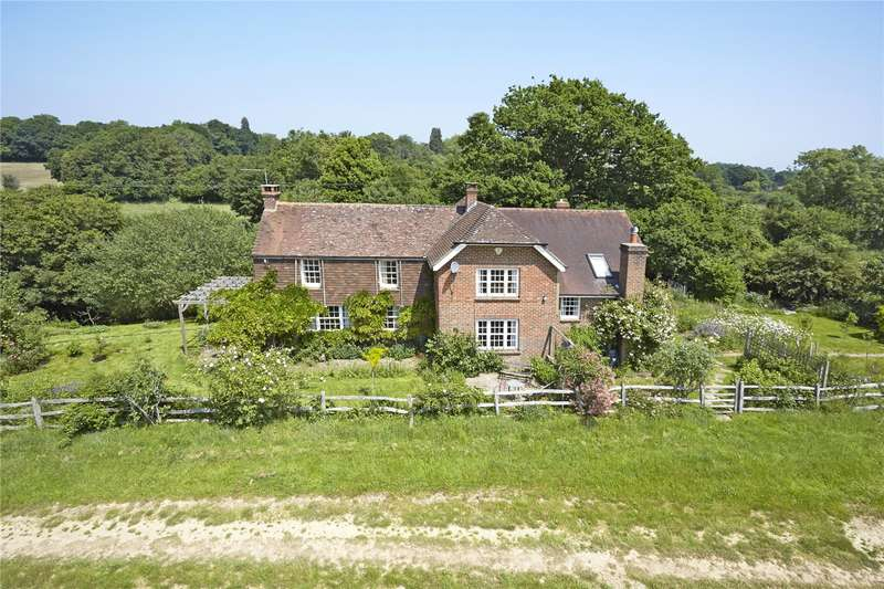 4 Bedrooms Detached House for sale in Lyons Road, Slinfold, Horsham, West Sussex, RH13