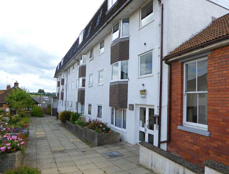 1 Bedroom Retirement Property for sale in Crofton Court, The Avenue, Yeovil