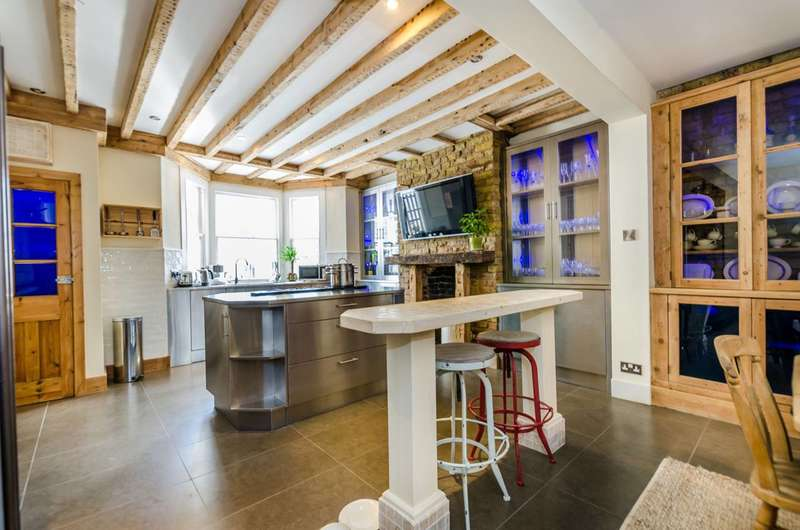 3 Bedrooms House for sale in Upcerne Road, Chelsea, SW10