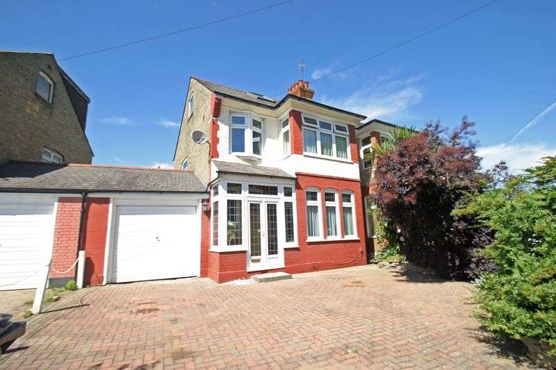 3 Bedrooms House for sale in WINCHMORE HILL