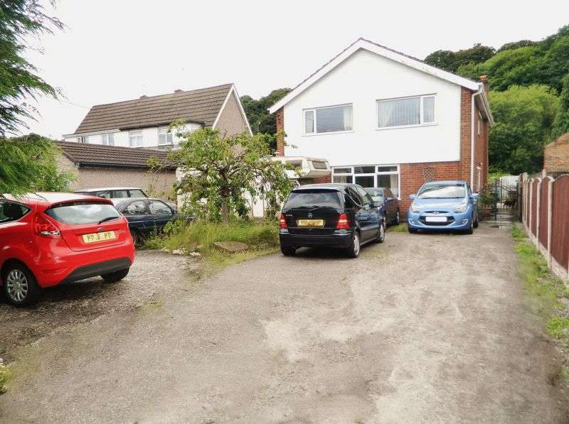 4 Bedrooms Detached House for sale in Coast Road, Mostyn