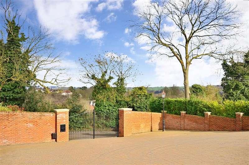4 Bedrooms Bungalow for sale in Calfstock Lane, Farningham, Kent