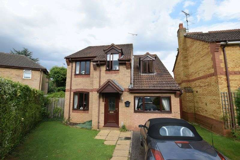 4 Bedrooms Detached House for sale in Limefield, Oakham