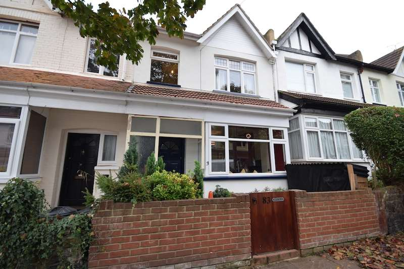 4 Bedrooms Terraced House for sale in Wenham Drive, Westcliff-on-Sea, Essex, SS0