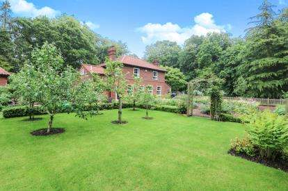 3 Bedrooms Detached House for sale in Thornham Magna, Eye, Suffolk