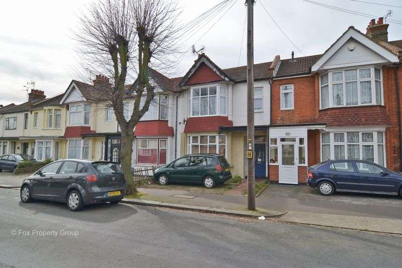2 Bedrooms Flat for sale in Victoria Road, Southend-On-Sea