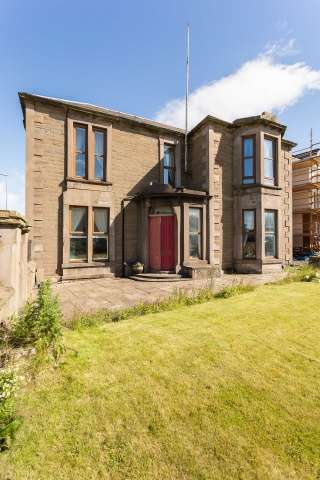 6 Bedrooms Detached House for sale in Maule Street, Arbroath, Angus, DD11 1JJ