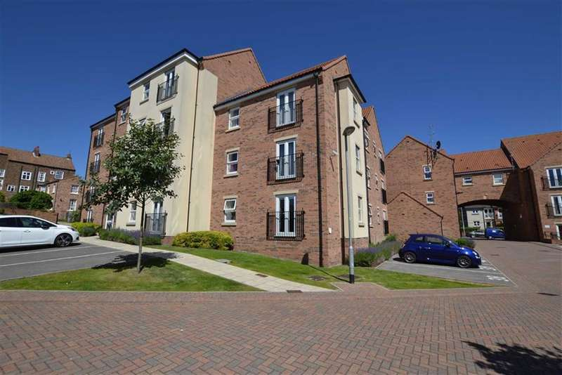 1 Bedroom Flat for sale in Cloisters Mews, Bridlington, East Yorkshire, YO16