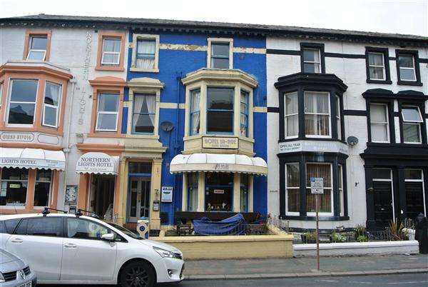 11 Bedrooms Hotel Commercial for sale in Springfield Road, Blackpool
