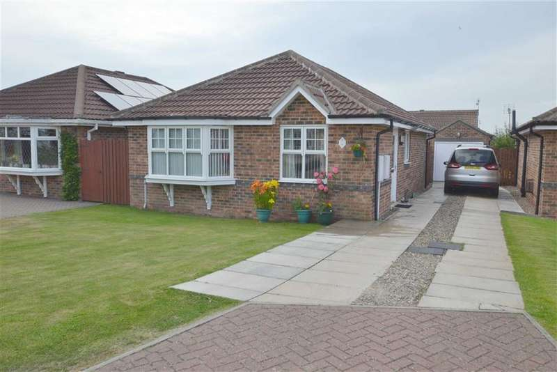 3 Bedrooms Property for sale in Tintern Avenue, Bridlington, YO16
