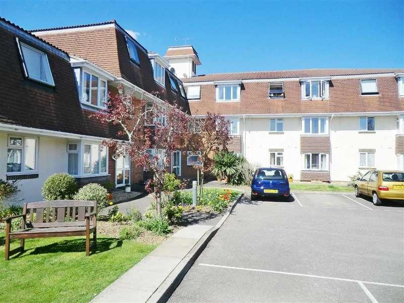 1 Bedroom Flat for sale in Sandringham Court, Bournemouth, Dorset