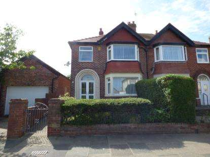 3 Bedrooms Semi Detached House for sale in Inver Road, Blackpool, Lancashire, FY2