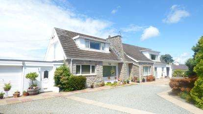 4 Bedrooms Detached House for sale in Newborough, Sir Ynys Mon, Anglesey, LL61