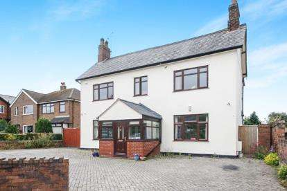 4 Bedrooms Detached House for sale in Hawarden Road, Penyffordd, Chester, Flintshire, CH4
