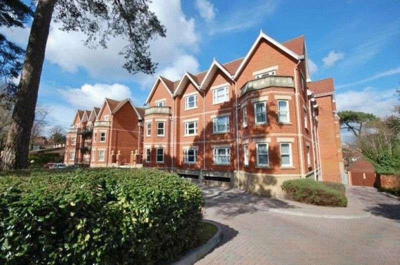 2 Bedrooms Flat for sale in Kings Courtyard