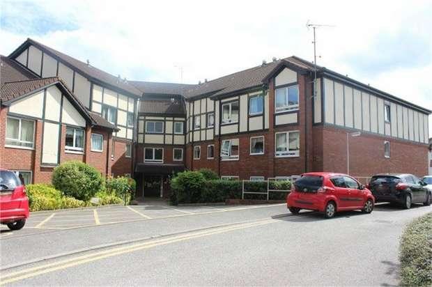 1 Bedroom Flat for sale in Pennhouse Avenue, Wolverhampton, West Midlands