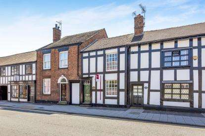 3 Bedrooms Terraced House for sale in Welsh Row, Nantwich, Cheshire