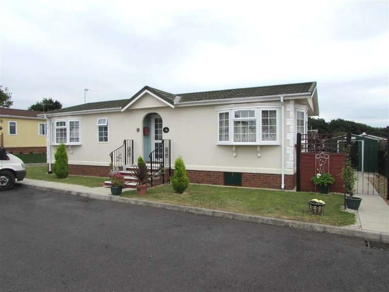 2 Bedrooms Property for sale in Collins Wood, Residential Park, Caddington, Beds, LU1