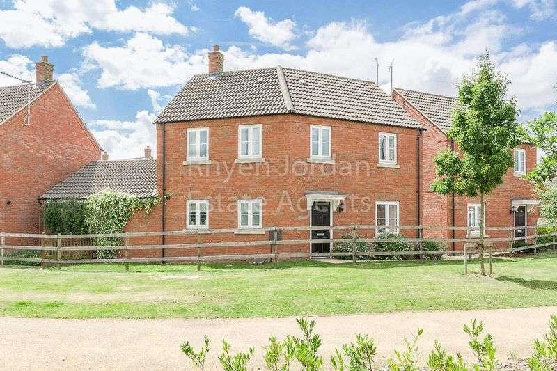 3 Bedrooms Detached House for sale in Deanshanger, Milton Keynes