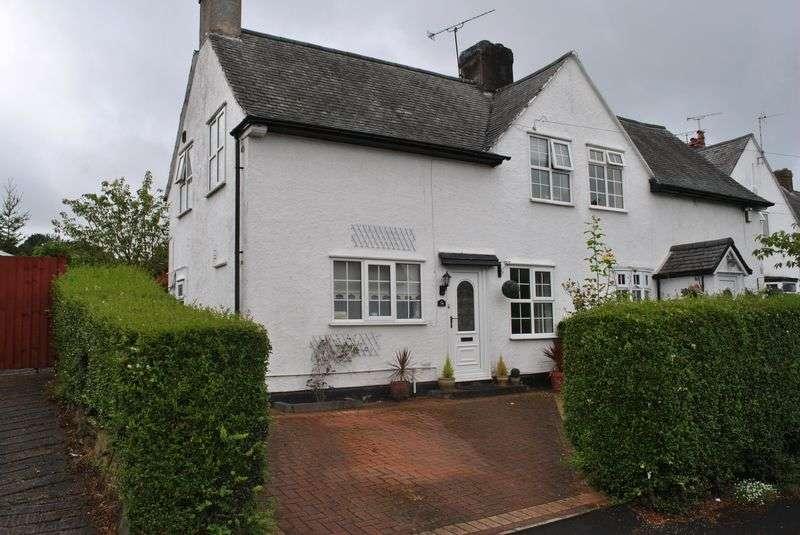 3 Bedrooms Semi Detached House for sale in Ffordd Estyn, Wrexham