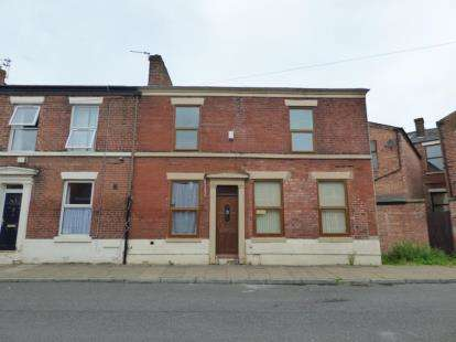 5 Bedrooms End Of Terrace House for sale in Taylor Street, Preston, Lancashire
