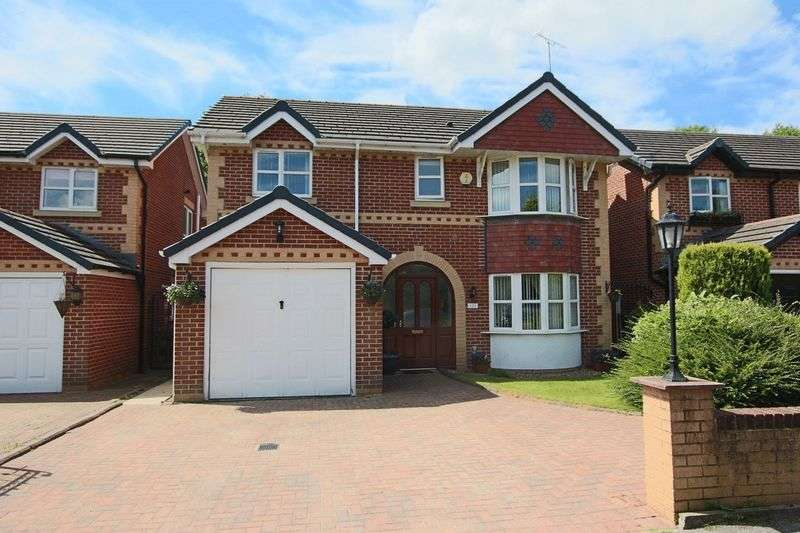 4 Bedrooms Property for sale in Dell Road, Shawclough OL12 6AZ