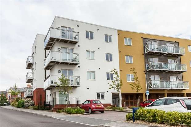 2 Bedrooms Flat for sale in Paget Road, Penarth, South Glamorgan