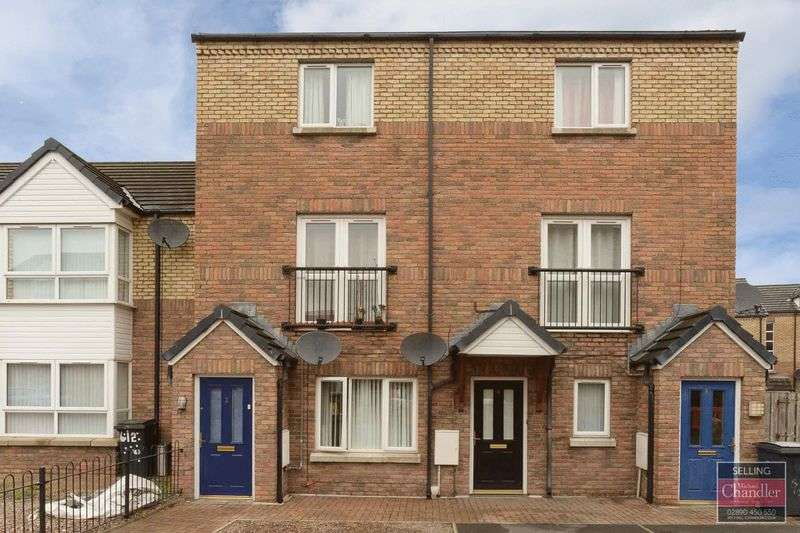 2 Bedrooms Flat for sale in 4 Kingscourt Close, Belfast, BT6 9AP
