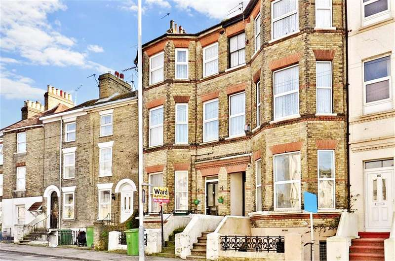 3 Bedrooms Maisonette Flat for sale in Dover Road, Folkestone, Kent