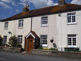 2 Bedrooms Terraced House for sale in Nappers Cottages, High Street, Upper Beeding, Steyning