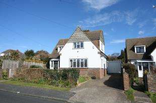 3 Bedrooms Detached House for sale in Rose Walk, Seaford, East Sussex