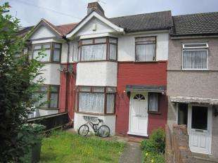 4 Bedrooms Terraced House for sale in Bastion Road, London
