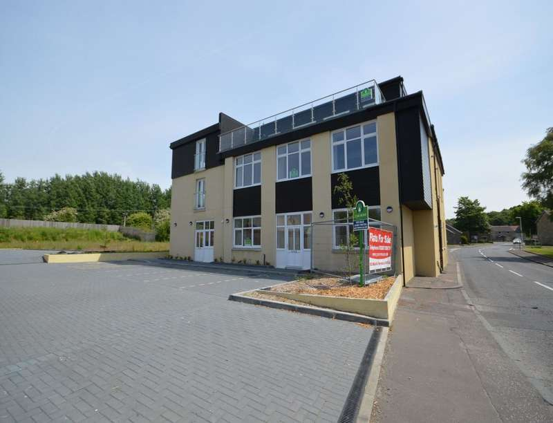 2 Bedrooms Flat for sale in Main Street, Torryburn, Dunfermline, KY12