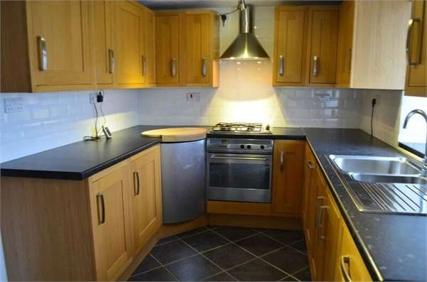 3 Bedrooms Terraced House for sale in St Lukes Road, Pontnewynydd, Pontypool, Torfaen