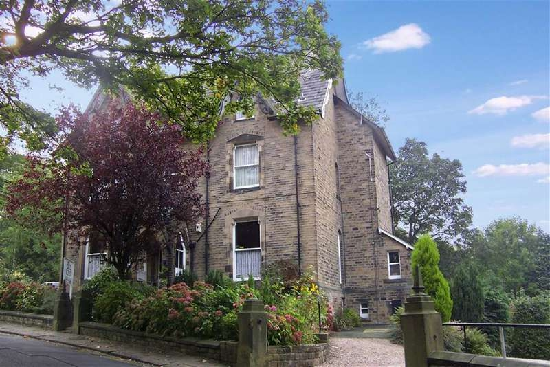 8 Bedrooms Property for sale in Queens Road, Edgerton, Huddersfield
