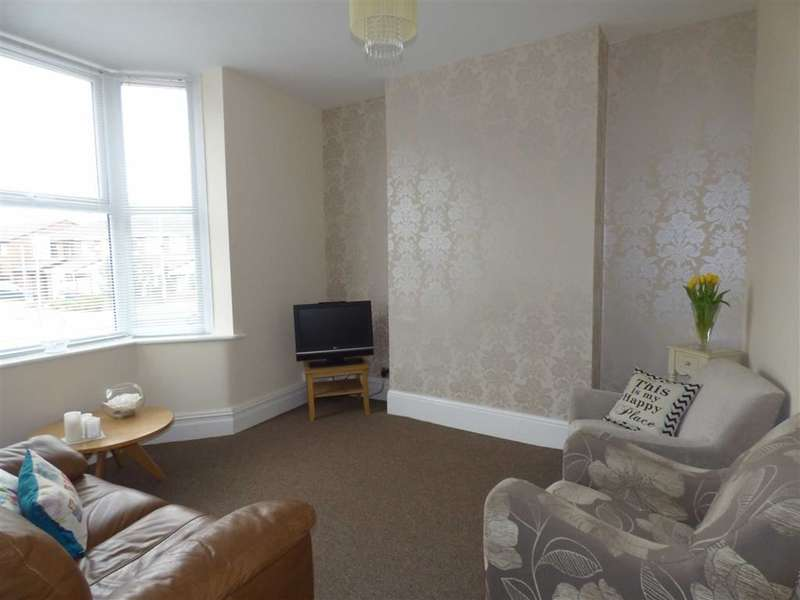 3 Bedrooms Property for sale in Rochdale Road East, HEYWOOD, Lancashire, OL10